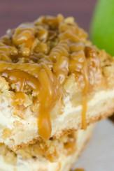 Caramel Apple Cheesecake Bars | © www.toochskitchen.com |